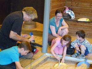 Atelier-famille-fouilles