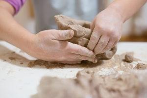 atelier-main-poterie-6ans