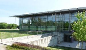 musée tumulus facade